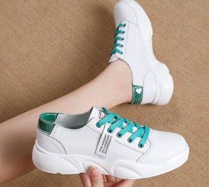 Кроссовки женские, бирюзовые шнурки, цвет белый