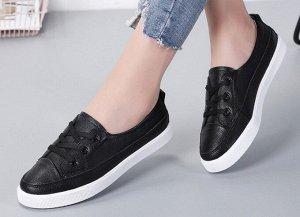 Кроссовки женские, цвет черный