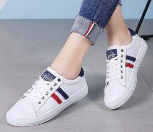 Кроссовки женские, синие/красные полосы, цвет белый