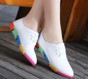Женские туфли, разноцветная подошва, цвет белый