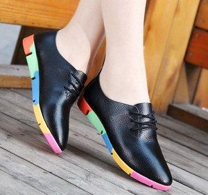 Женские туфли, разноцветная подошва, цвет черный