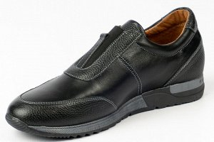 Ботинки Ботинки.  Материал верха натуральная кожа, натуральная кожа с тиснением.  Подошва ТЭП.  Материал подклада байка Вид застежки молния и шнурки.