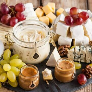 Натуральный продукт из крымских ягод и фруктов. БЕЗ химии 👌 — Мёд с полезнейшими добавками, пальчики оближешь! — Мед