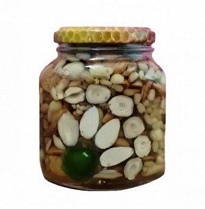 Ассорти орехов в меду 360 гр.