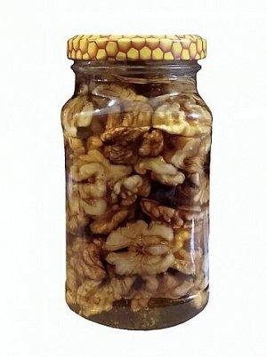 Орех в меду Грецкий орех 300 мл.