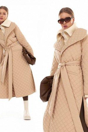 Стеганое пальто на запах длины миди с поясом TOPTOP