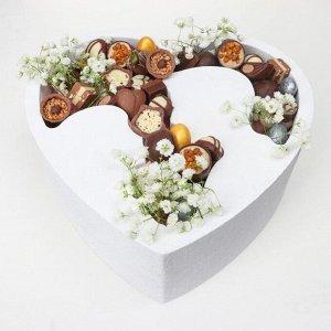 """Пенобокс 24*24*10 см кашпо для цветов и подарков """"Сердце, влюбленные"""", белый"""