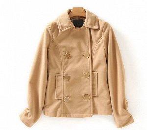 Женское уороченное пальто на пуговицах, цвет светло-коричневый