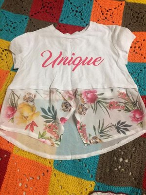Блузка Основная ткань : 95% хлопок, 5% спандекс отделка внизу:1005 полиамид очень нежная, нарядная блузка-футболка