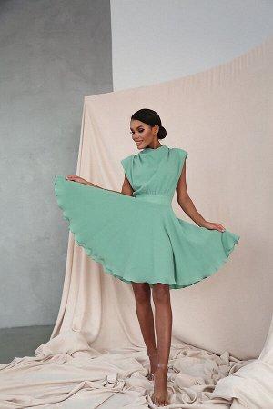 Хлопковое платье с объемными плечами и юбкой-солнце