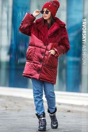 Куртка Материал: плащевая ткань хамелеон, утеплитель синтопух 200, эко-мех кролика.