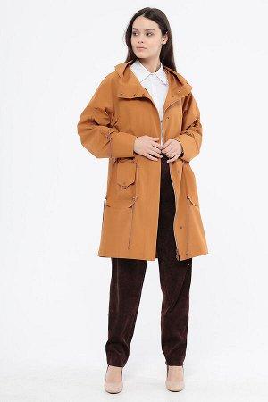 Плащ Состав: Полиэстер 66%, Нейлон 34% Цвет: Оранжевый  Плащ средней длины, с капюшоном и декоративными карманами, российского производства, бренда. Центральная застежка на молнию и кнопки. Ткань верх