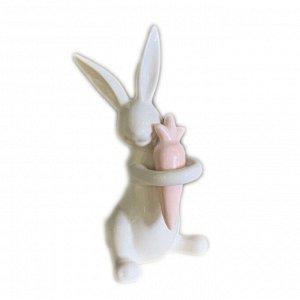 Декор Кролик с морковкой 7.9*7.6*15.9см керамика 2005016257453