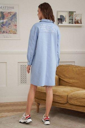 Платье Платье Fantazia Mod 3888  Состав: Хлопок-100%; Сезон: Весна Рост: 164  Сегодня джинсовая одежда является отдельным модным направлением, уверенно укрепляющим свои позиции в мире fashion-индустр