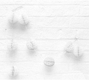Гирлянда Шар соты 1,5 м 8 шаров 8 см цвет белый