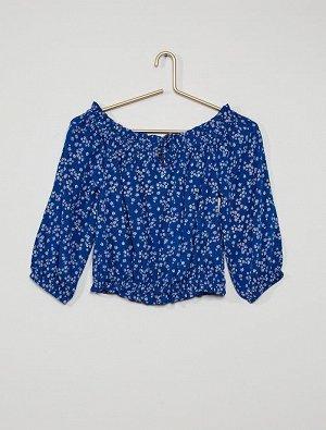 Блузка с горловиной в стиле Бардо