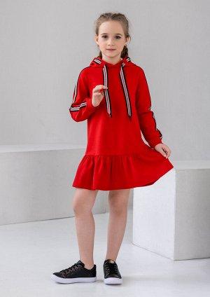 Платье с капюшоном красное