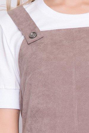 Сарафан Сарафан А-силуэта из вельвета с эластаном.Перед с горизонтальным рельефом и фигурными накладными карманами. 50% вискоза,45% п/э,5% лайкра