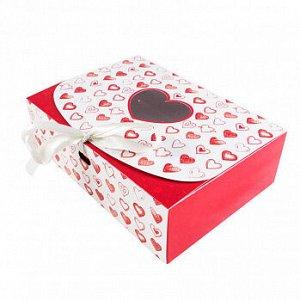 """Коробка для сладостей """"Сердца красные"""" с лентой, 16*11*5 см"""