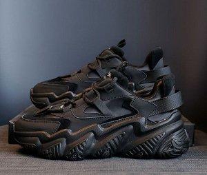 Женские кроссовки на фактурной подошве, цвет черный