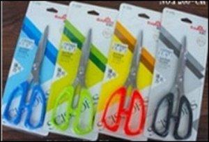 Ножницы 19 см. пластиковые ручки, европодвес