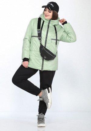 Весна Очень легкая, модная, удлиненная куртка от LADY SECRET, станет вашим лучшим решением при выборе верхней одежды.  Капюшон на стойке-воротнике. По полочкам два прорезных кармана с листочкой. Засте