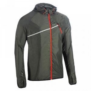 Ветровка Ветрозащитные свойства Материал этой куртки защищает Вас от ветра и моросящего дождя одновременно.   Легкость Эта ветровка совсем не громоздкая, так как весит всего 120 г для размера L!   К