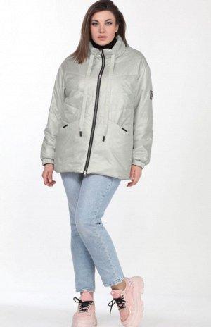 Куртка Модная куртка в спортивном стиле из ткани «Лаке» от LADY SECRET, станет вашим лучшим решением при выборе верхней одежды. Воротник отложная стойка, рукав втачной на спущенной пройме с эластичной