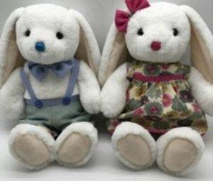 Мягкая игрушка Зайчик (мальчик/девочка) серый комб./платье в цвет. с борд. лентой,35 см