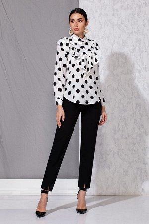 Блуза Блуза Beautiful&Free 4051 белый/черный горох  Состав: Вискоза-95%; Спандекс-5%; Сезон: Весна-Лето  Романтический стиль это, пожалуй, один из самых женственных стилей в одежде. Он подчеркивает д
