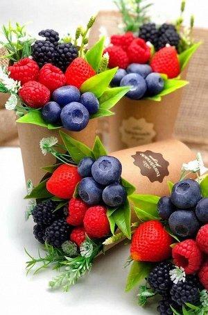 «Смузи из ягод» мини-букет в крафт стаканчике