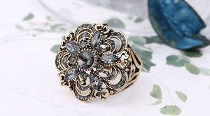 Серое кольцо в стиле бохо с кристаллами и цветами,