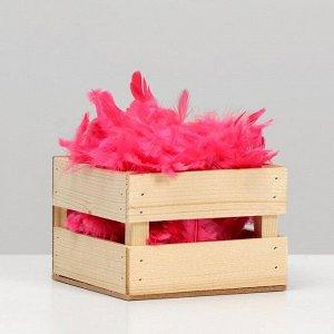 Наполнитель из перьев для шаров и подарков. 9 см. ярко-розовый