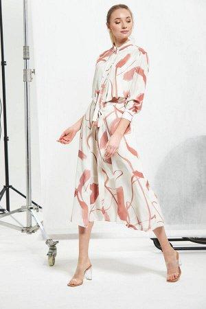 Платье с дизайнерским принтом