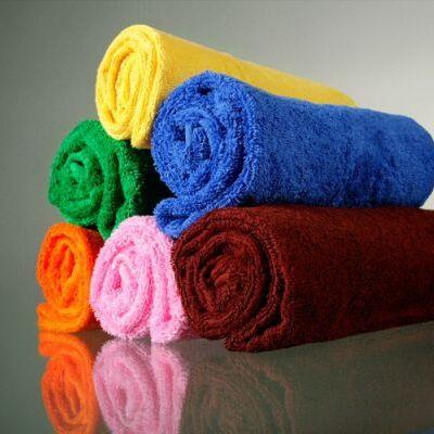 Яркие и красочные комплекты постельного белья. — Махровые полотенца. Туркмения. — Полотенца