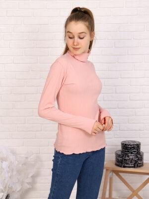 Водолазка Цвет: розовый; Состав: хлопок 95%, пэ 5%; Материал: кашкорсе Базовая водолазка на каждый день. Интересная обработка краевых швов. Подойдет для прогулок, а в сочетании с классическими брюками