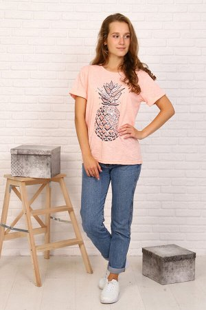 Футболка Цвет: персик; Состав: Хлопок 100%; Материал: Фактурный трикотаж Женская футболка прямого кроя с яркой печатью. Можно комбинировать с джинсами, юбками, а также поддевать под толстовку или кард