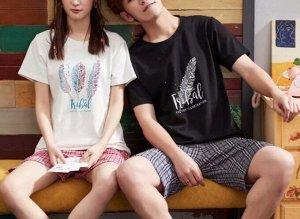 """Парная хлопковая пижама(футболка+шорты), принт """"Перья"""", женский цвет - белый, мужской цвет - черный"""