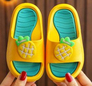 """Детские тапочки, принт """"Сочный ананас"""", цвет желтый"""