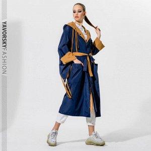 Плащ ✅Стильный , двухсторонний плащ -дождевик с капюшоном изготовлен из водоотталкивающей плащевой ткани. Длина рукава регулируется отворотом , который можно подвернуть в два, а то и в три раза , тем
