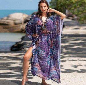 """Женское платье, принт """"узоры"""", декор стразы, цвет пурпурный"""