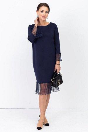 Платье Изысканное платье из мягкого трикотажа, вырез горловины средней глубины. Особый шик изделию придают рукав и оборка юбки выполненные из шифона плиссе с нарядными блестками. Шикарное платье из тр