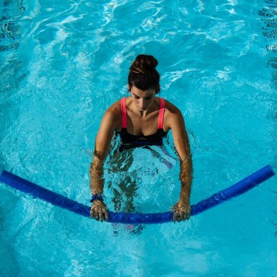 Товары для бассейна, шапочки для плаванья от 26 руб,