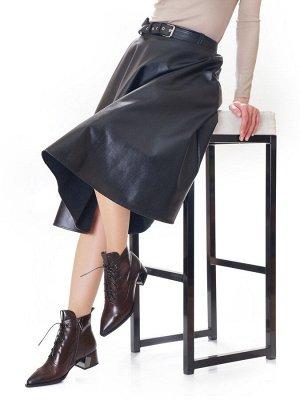 Ботинки Страна производитель: Китай Размер женской обуви x: 35 Полнота обуви: Тип «F» или «Fx» Вид обуви: Ботинки Сезон: Весна/осень Материал верха: Натуральная кожа Материал подкладки: Байка Материал