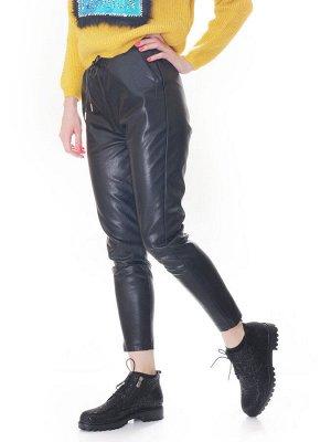 Ботинки Страна производитель: Турция Размер женской обуви x: 36 Полнота обуви: Тип «F» или «Fx» Вид обуви: Полуботинки Сезон: Весна/осень Материал верха: Нубук Материал подкладки: Флис Каблук/Подошва: