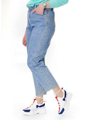 Кроссовки Страна производитель: Китай Размер женской обуви x: 38 Вид обуви: Кроссовки Пол: Женский Застежка: Шнуровка Цвет: Белый Материал верха: Натуральная замша Материал подошвы: Резина Материал по