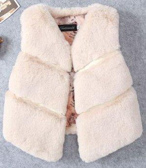 Меховая жилетка для девочки ( маломерит)