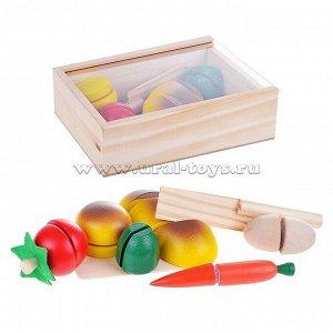 Разрезные продукты в ящике