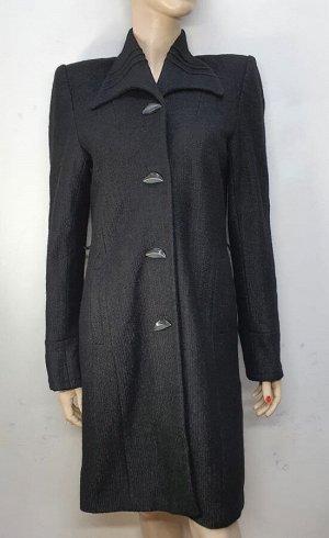 Пальто Пальто женское демисезонное, Черное. Застежки -пуговицы, отсутствует пояс.