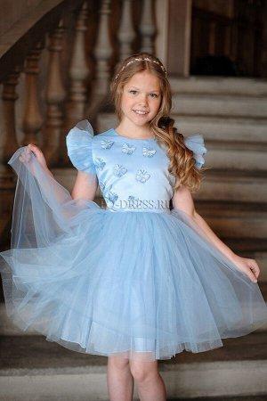 Платье Нарядное платье из атласа, фатина, сетки, на хлопковом подкладе. Спереди асимметричная аппликация из объемных бабочек. Очень пышная многослойная юбка. Сзади платье завязывается на уже готовый б